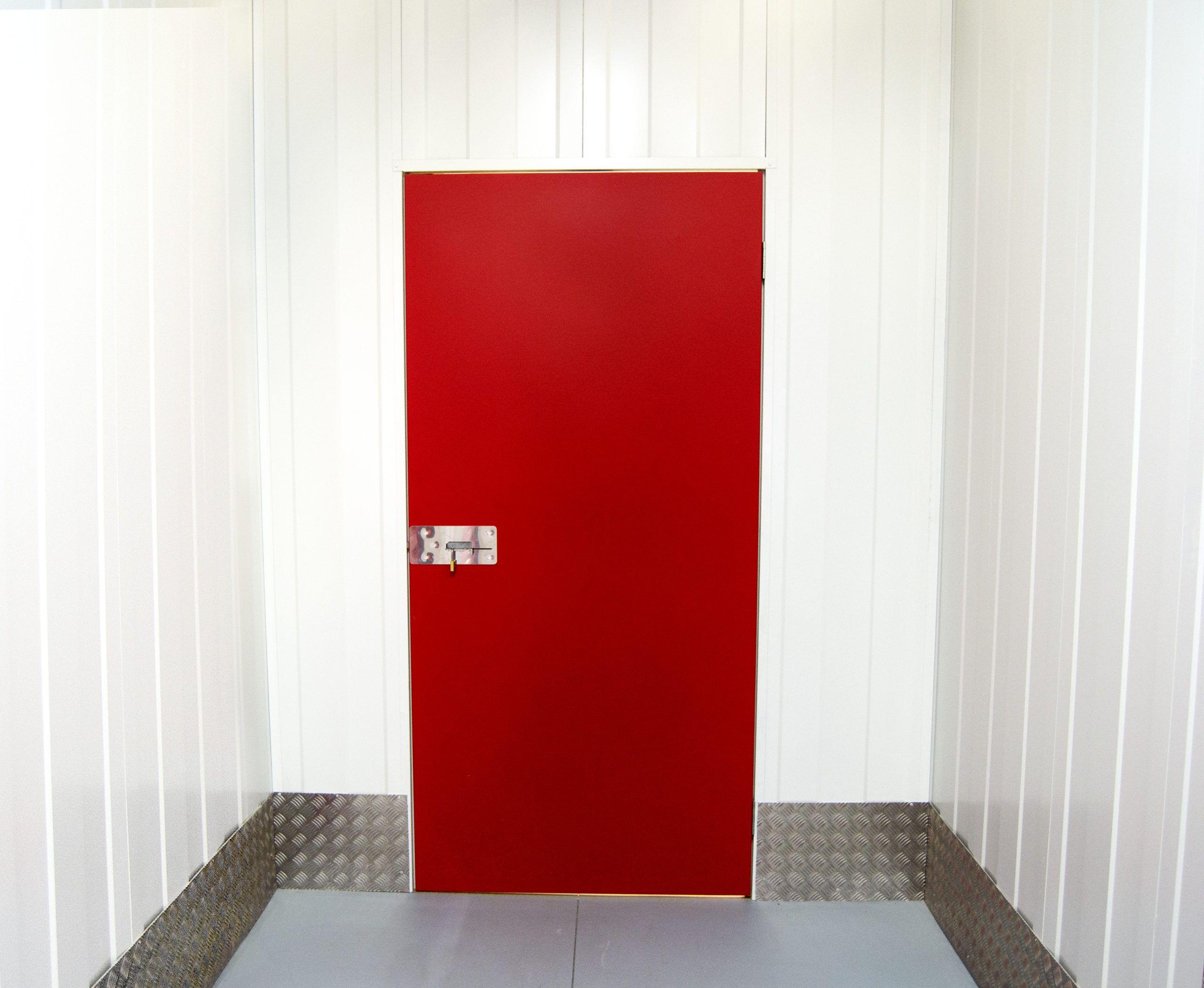 Puerta_abatible_trasteros_Ssolid
