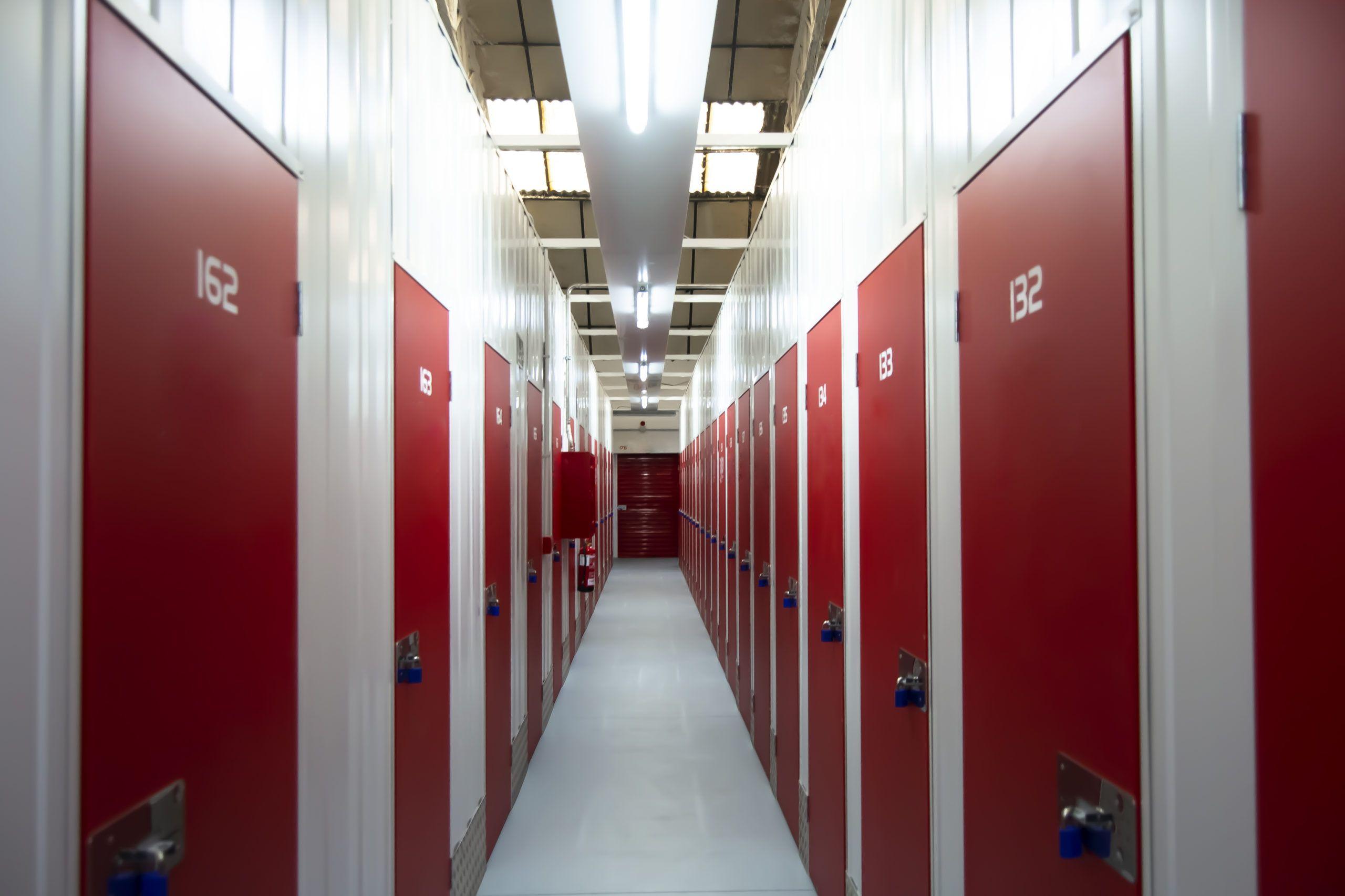 Fabricacion y construccion de trasteros Self Storage Ssolid